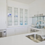 Classic Brilliance white 2Pac with white Caesarstone bench-tops